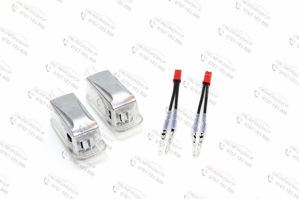 Set lampi dedicate cu logo Audi pentru portiere Audi A1, A4, A5, A6 TT